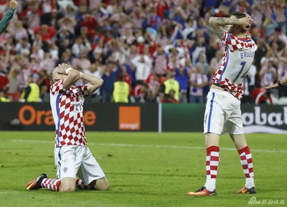 1分钟上演天堂地狱!欧洲杯最倒霉鬼队 3次遭绝杀
