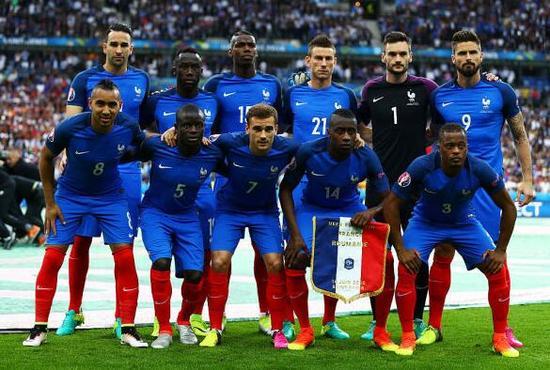 马特乌斯认为,攻强守弱的法国队必须尝试在本场比赛做到攻守平衡