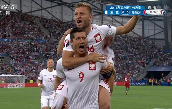 进球gif-欧洲杯历史第2快!莱万开场100秒闪击破荒