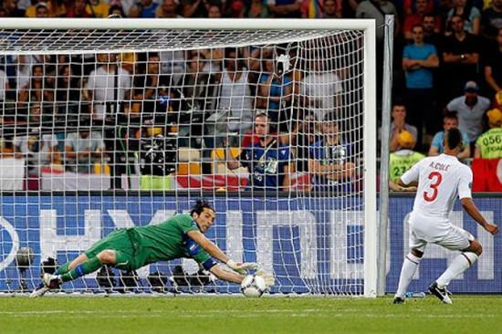 英格兰最近一次在大赛点球大战中罚丢