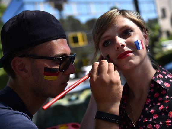 欧洲杯法国vs德国首发:博格巴PK小猪 穆勒突前