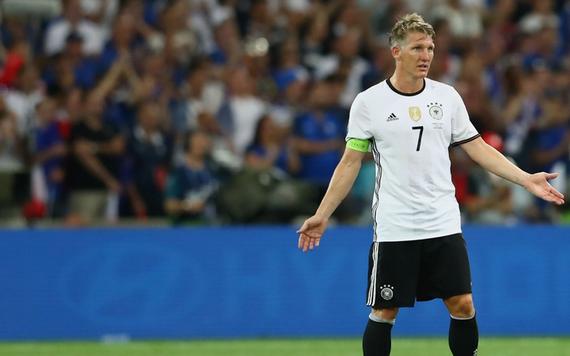 巴拉克:小猪应该退出国家队 别想着参加世界杯了