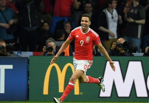 欧洲杯红星与英超队谈判 从没人要到如今排队抢
