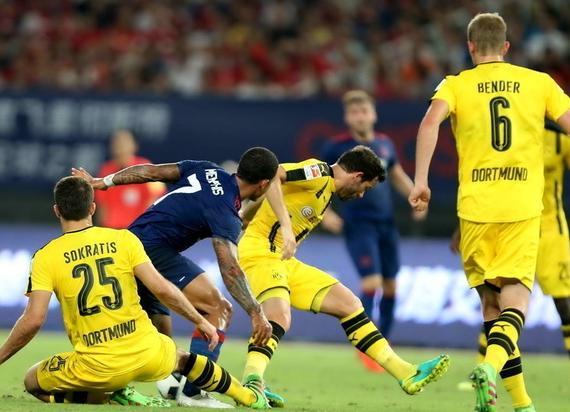曼联中国赛1-4负多特