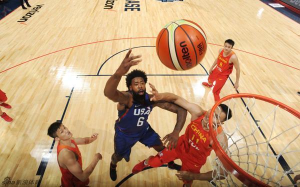 杜兰特19+5汤神17分 6人上双美国队49分胜中国