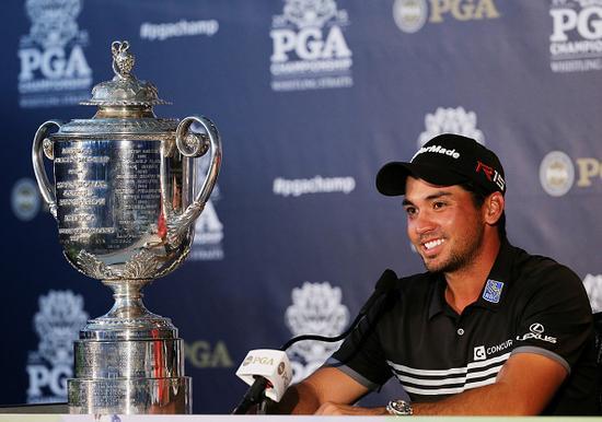 戴伊终在PGA锦标赛上完成大满贯打破