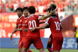 中超-尹比加兰争议球 延边2-1送鲁能客场9轮不胜