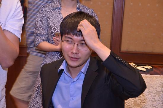 朴廷桓惊险取胜