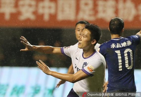 曹阳:拯救球队分内事 命运跟天津足球绑在一起