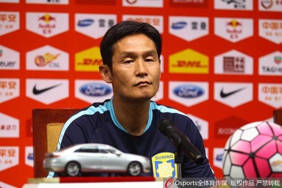 崔龙洙:国安很有实力不容小视 主场要踢攻势足球