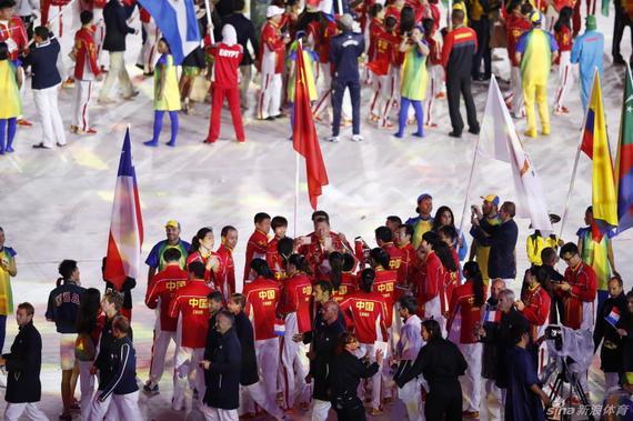 央视:本届奥运会阵痛不小 可惜镜头不能只拍女排