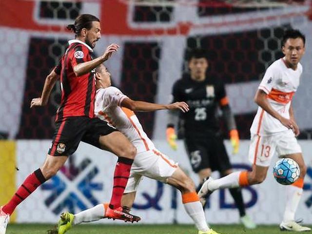 视频录播-亚冠1/4决赛首回合 首尔vs鲁能上半场