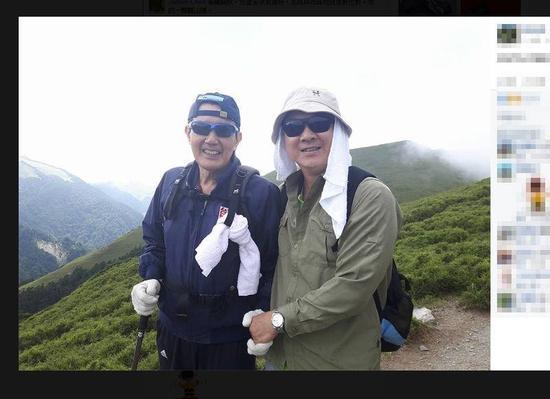 """�R英九7月爬合�g山,被大�""""家�B拿�@"""",�⑾嗥��N在""""���""""。"""