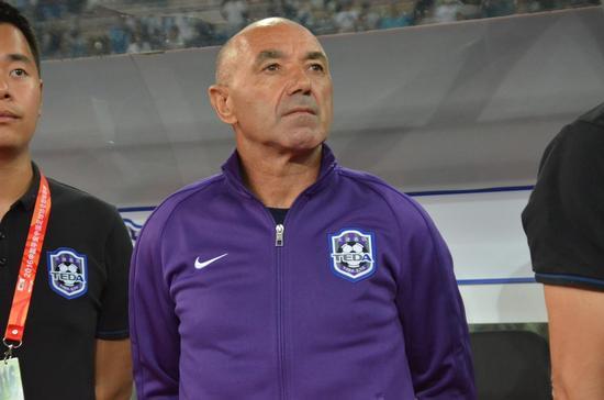 帕切科:我喜欢用传控主导球队 还未保级仍需努力