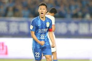 足协杯-吴曦建功 苏宁总分4-2申花连续3年进决赛