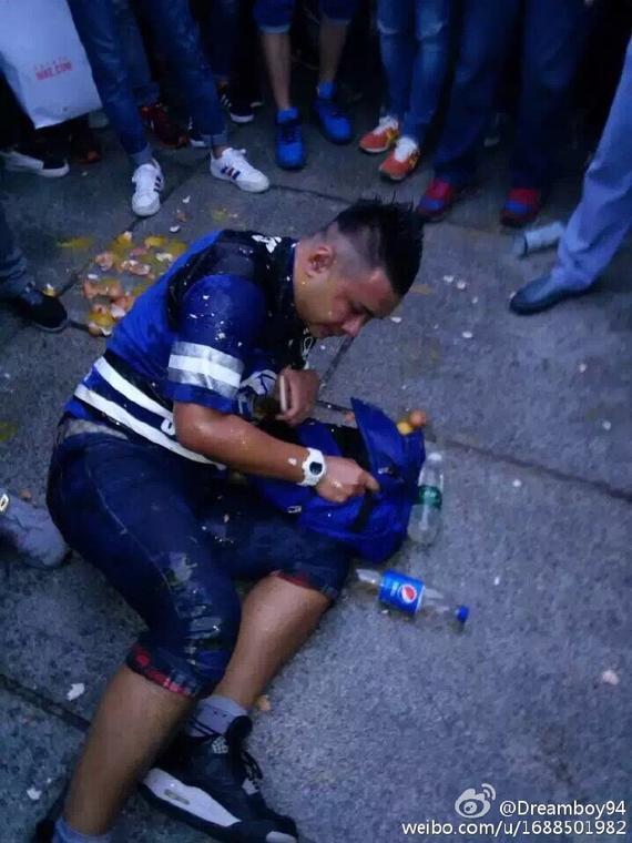 殴打申花球迷者被警方拘留 主动自首承认殴打