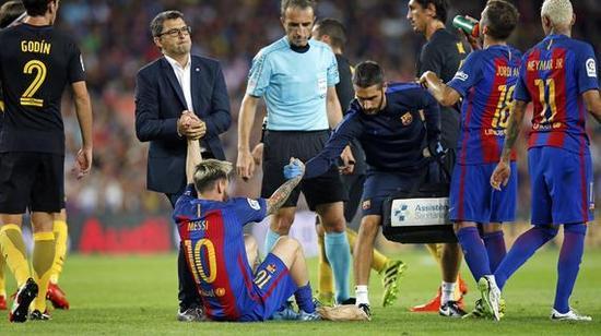 梅西因伤错过阿根廷同秘鲁及乌拉圭的比赛