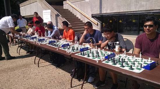 MIT数学教授Michael Ching对国际象棋的热爱
