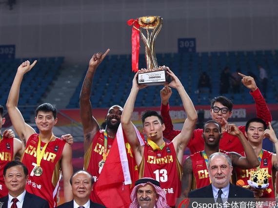 视频-布莱切22分周琦9+9 新疆首夺亚冠冠军