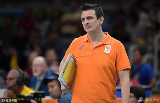 率领荷兰女排获得里约奥运会第四名
