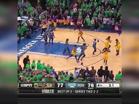 火花绝杀夺WNBA总冠军