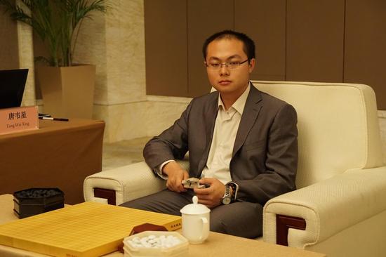 6月在武汉下半决赛番棋的唐韦星