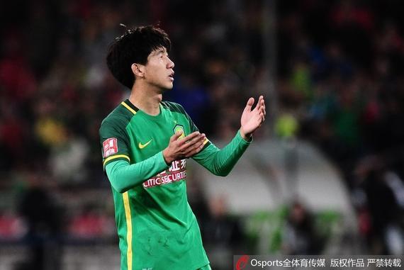 谢峰:杜明阳把握机会能力需提高 本能再入一球
