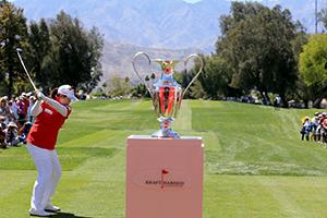 冯珊珊争首次LPGA连冠 透露已买两个包包自我奖励