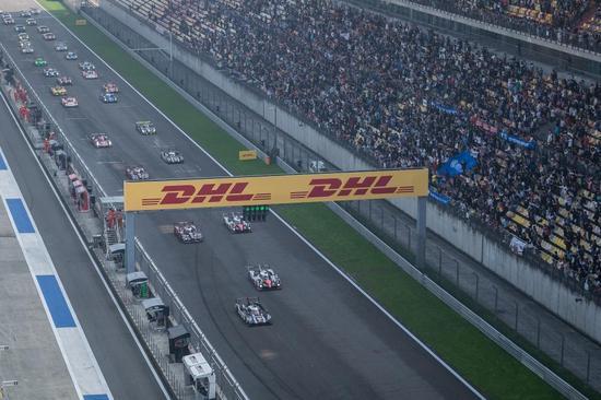 上赛道大看台再次爆满(图片来源:WEC官网)