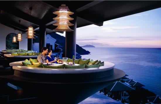 洲际酒店会为你提供最舒适的住宿和最美丽的海景