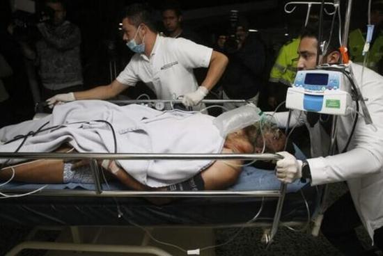 鲁斯切尔被紧急送往医院救治