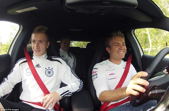球星鲁伊斯、舒尔勒成为罗斯伯格的乘客