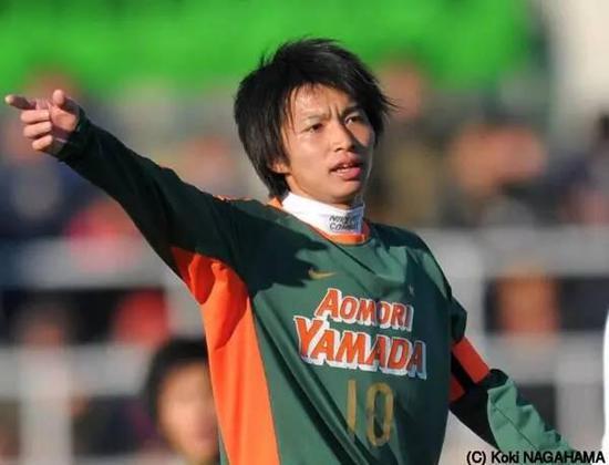 柴崎岳在高中比赛中