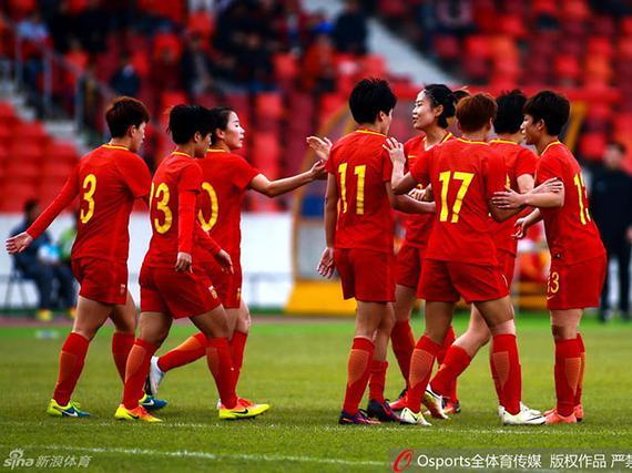 中国女足2-0胜缅甸