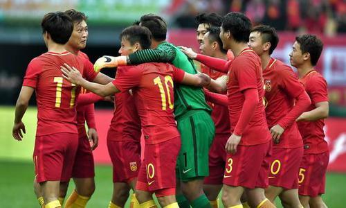 """方寸:中国足球的""""阶段论"""""""