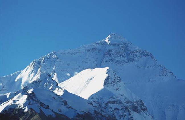 正文    [环球时报驻印度特约记者 文朱] 为了确认珠穆朗玛峰高度在