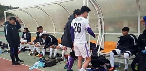 热身-泰达演练阵容0-3负蔚山预备队 拉练遭7连败