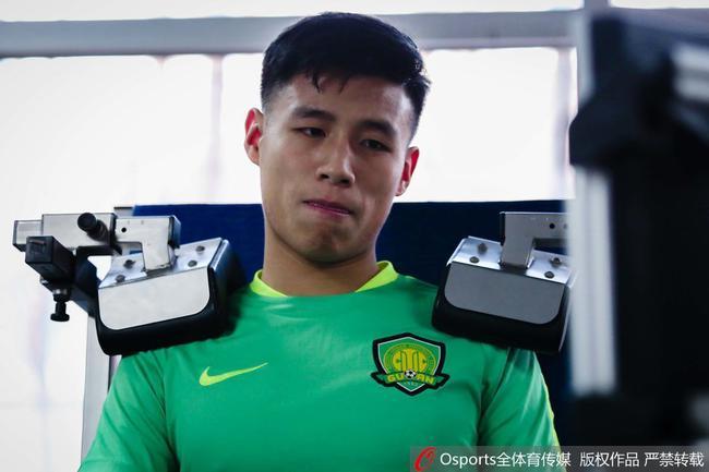 国安热身两U23小将表现抢眼 新赛季有机会亮相联赛