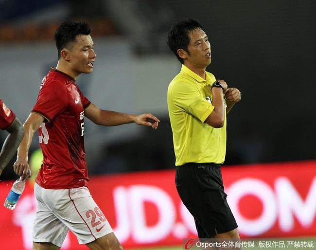 2017超级杯裁判选派出炉 王迪领衔执法苏粤大战