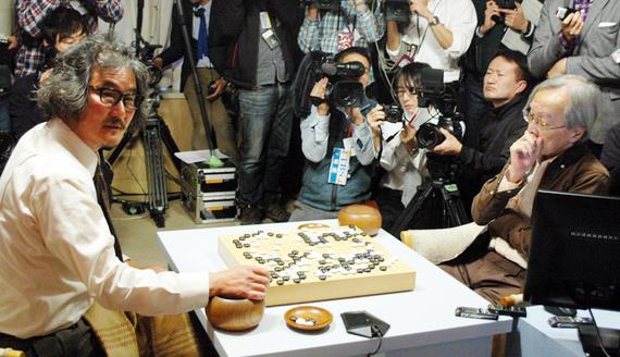 DeepZenGo去年11月在分先战胜了赵治勋九段