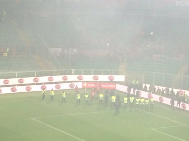 阿尔巴尼亚球员奉劝球迷
