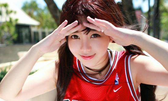 篮球宝贝刘飞儿性感写真