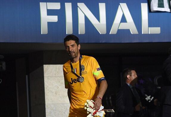 布冯两次欧冠决赛都遗憾收场