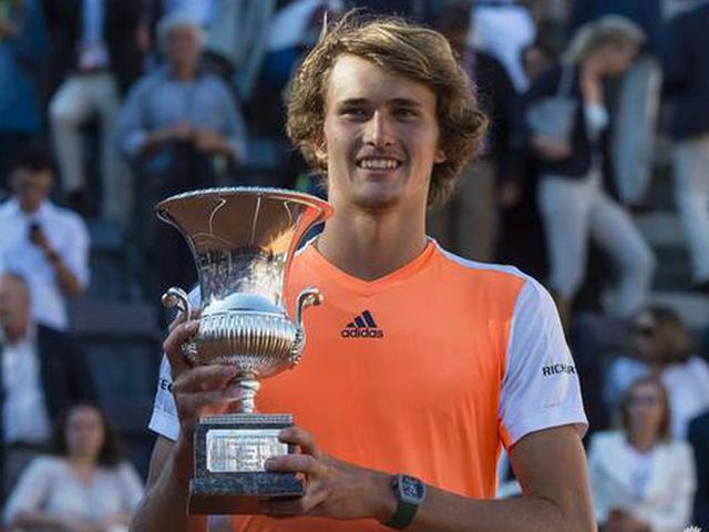 视频-罗马赛决赛小德遭惨败 成就男网首位90后冠军