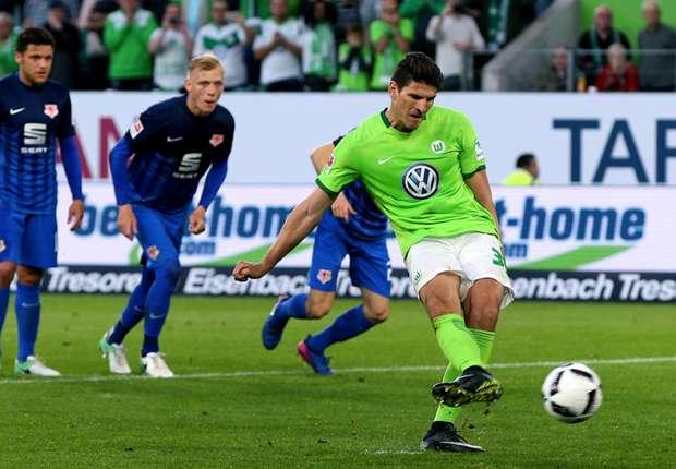 德甲附加赛狼堡主场1-0小胜