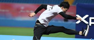 刘翔重回赛场与谢文骏同场