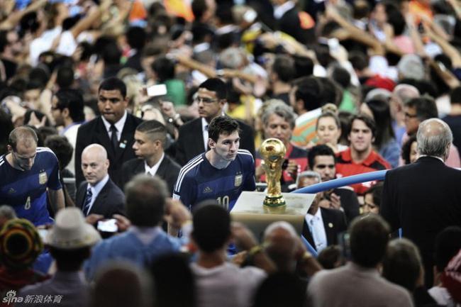 再用世界杯冠军来衡量球王,已不符合时代