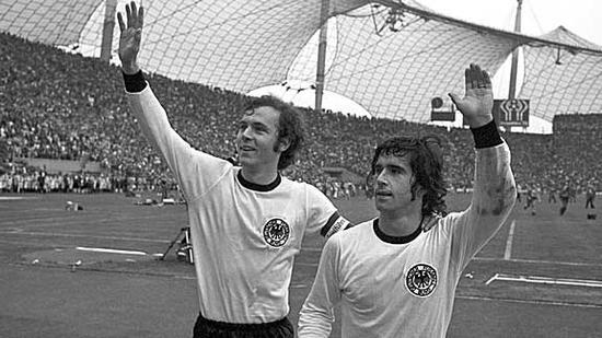 在当时的联邦德国队,贝肯鲍尔显得更耀眼