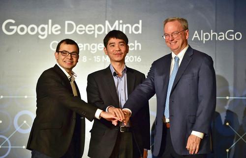 AlphaGo这个名字在一年半的时间里,变得家喻户晓