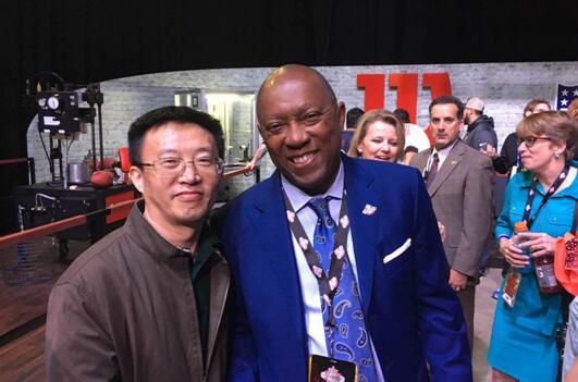 休斯顿市长与尹小林会长